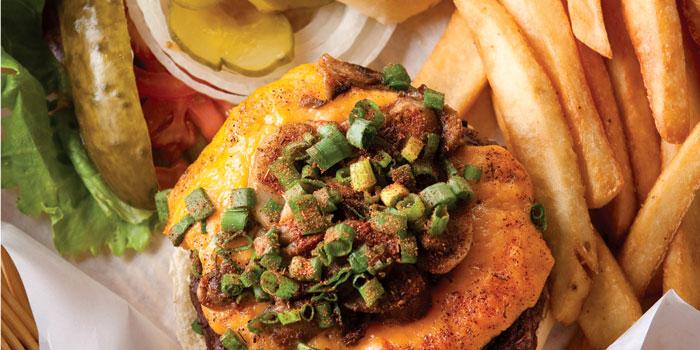 The-Cajun-burger