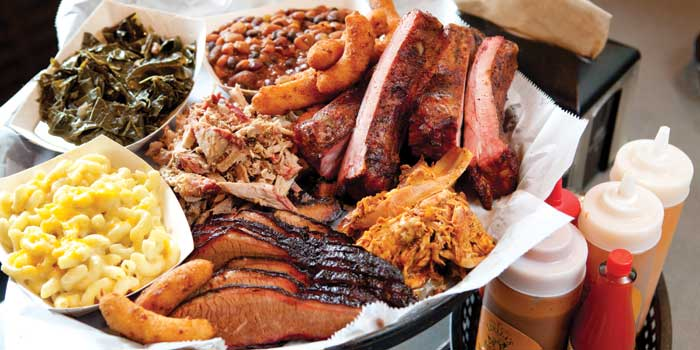The-Big-Boy's-Blue-Ribbon-BBQ-Platter