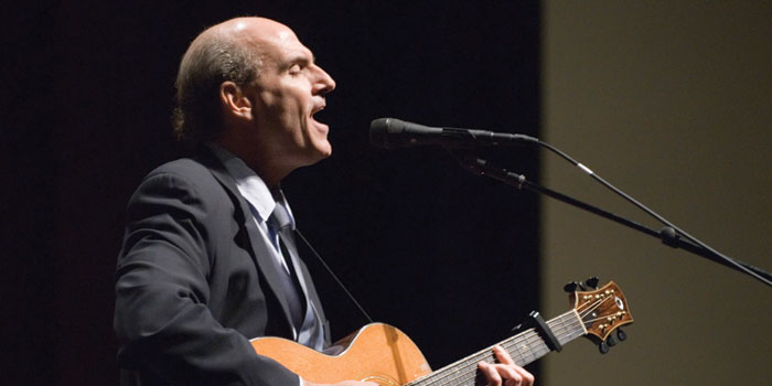 James Taylor sings Carolina in my Mind