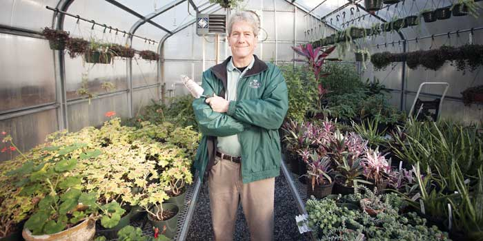 Jeff Lewis Elizabethan Gardens