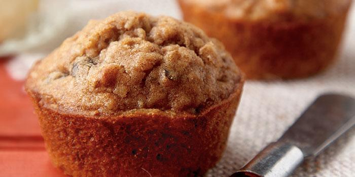 Applesauce Rasisin Muffins