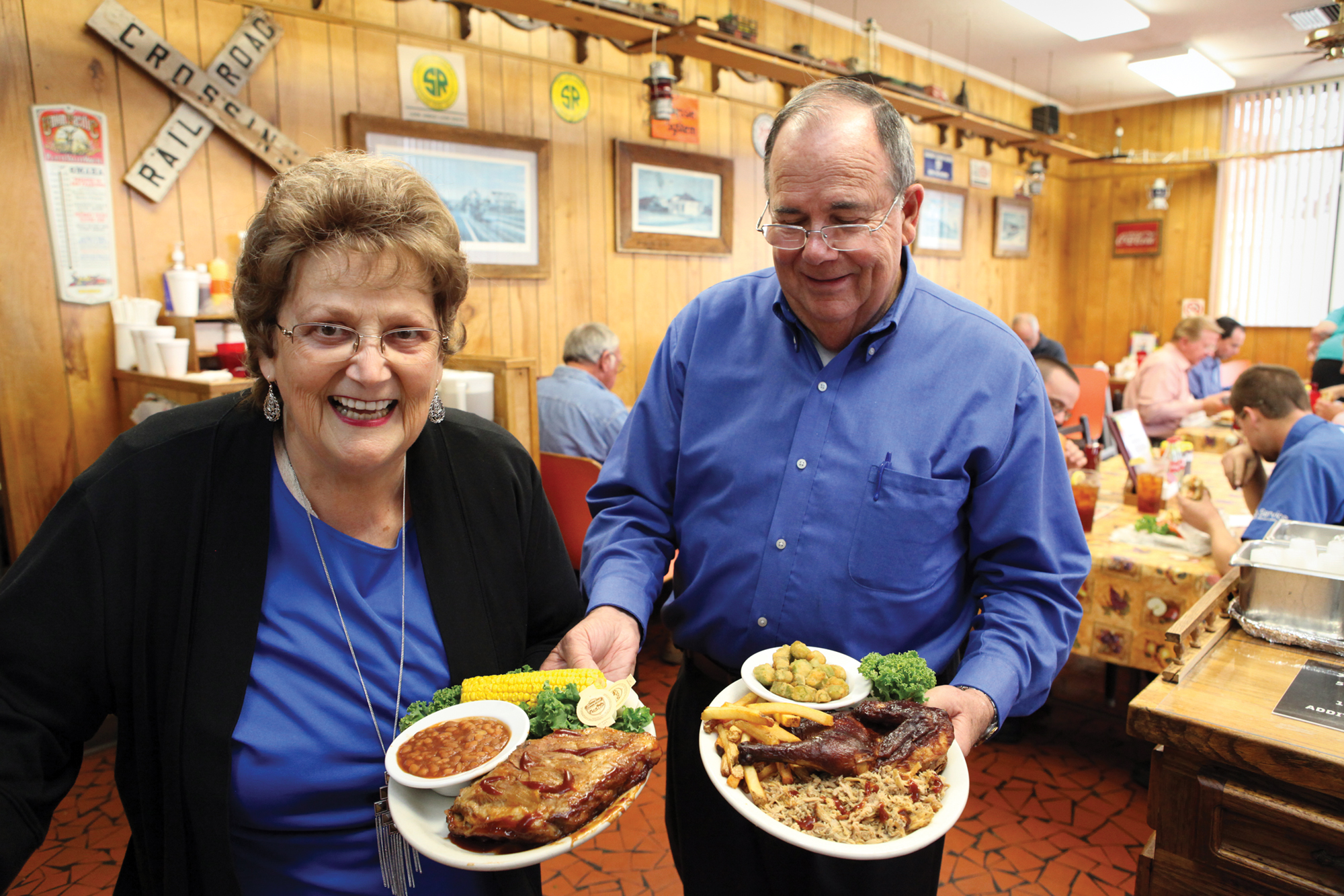 Gene and Linda Medlin moved to town in 1985 with their hearts set on opening their own barbecue restaurant.