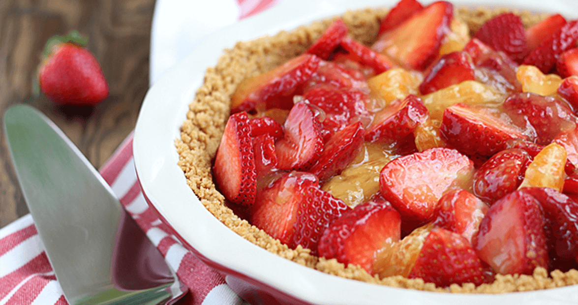 strawberry-clementine-pie