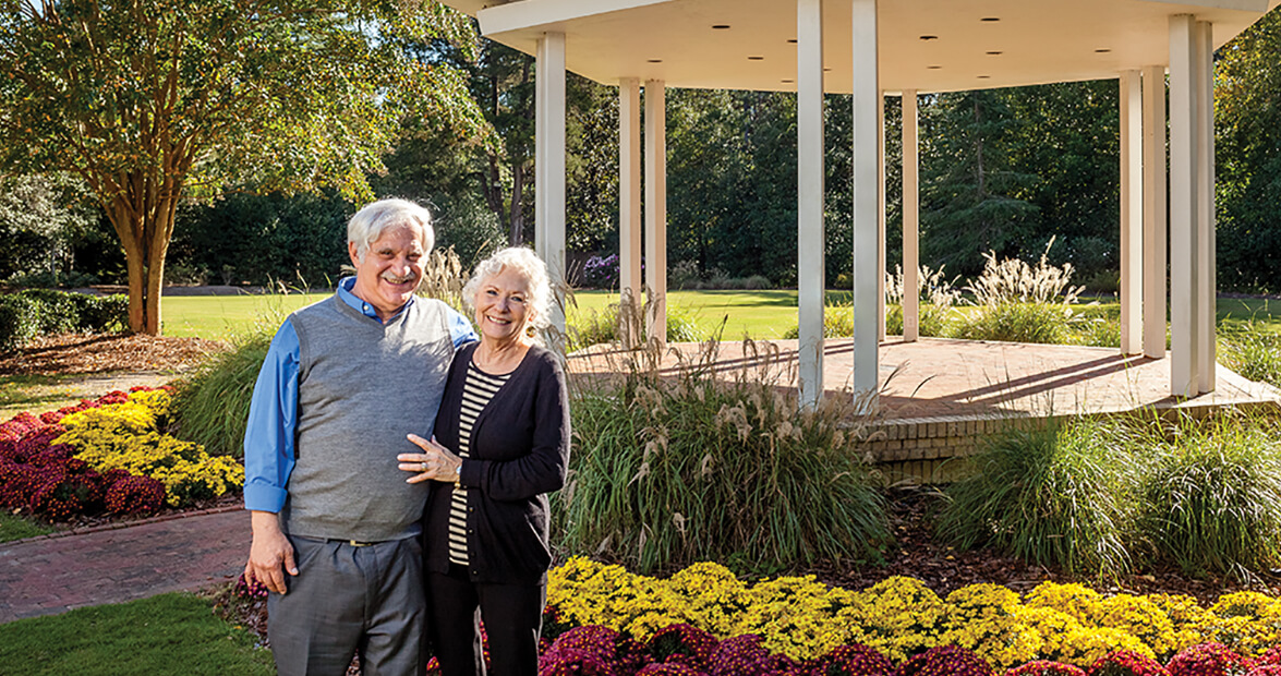 pinehurst-carolina hotel couple feature