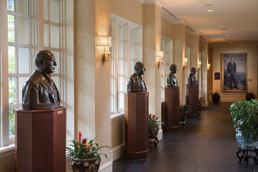 washington duke inn hallway