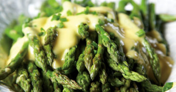 Roasted Asparagus with Chives and Hollandaise Recipe